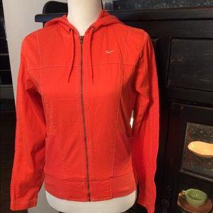 Orange Nike windjacket w hood